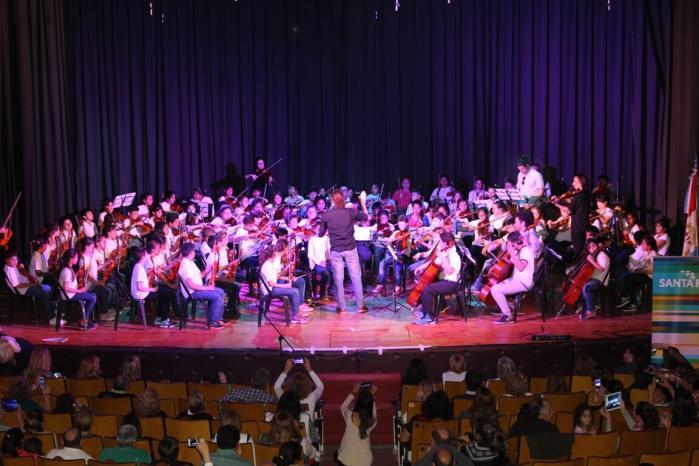 Encuentro Coral en el Teatro Verdi