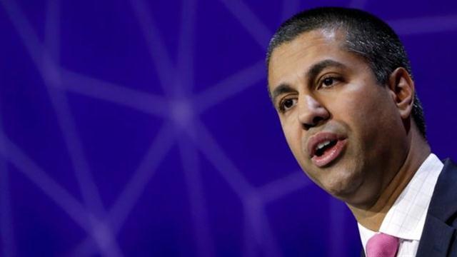 Ajit Pai, de la FCC estadounidense