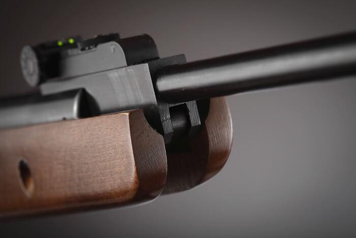 Menor de 17 años disparó rifle contra su familia y la policía