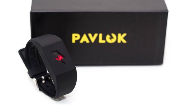 El dispositivo emite descargas eléctricas con el objetivo de eliminar malos hábitos