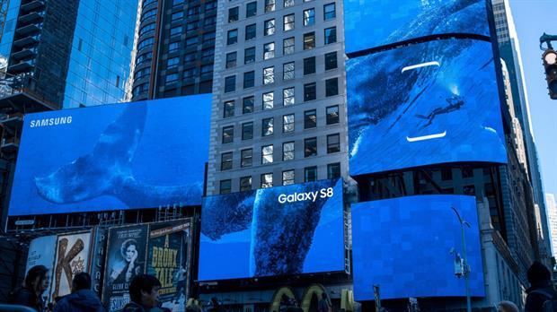 En marzo, Times Square, en Nueva York, se vistió de Samsung