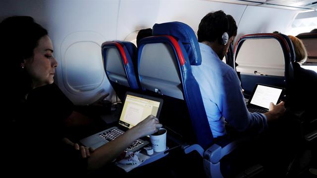 Para poder usar una notebook o tableta a bordo de un avión que viaje a EE.UU., el dispositivo deberá someterse a varios análisis