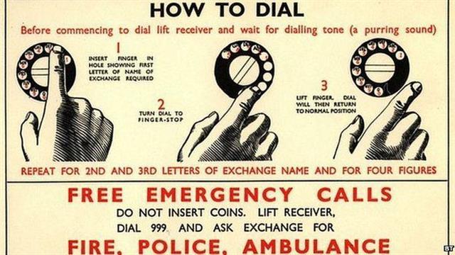Instrucciones para llamar al 999 en Inglaterra a mediados del siglo pasado