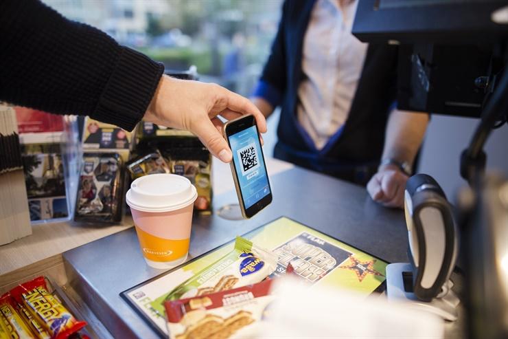 Los usuarios de Hold suman puntos que luego pueden canjear por un café, un sandwich, pochoclo gratis para el cine, etcétera